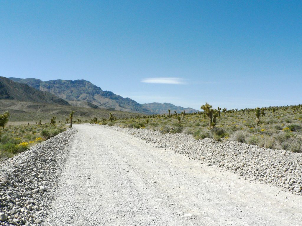 Road to Racetrack Death Valley