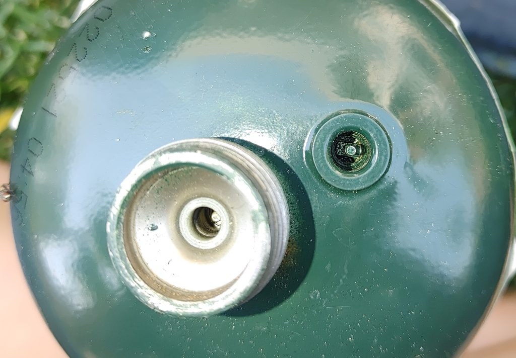 green propane cylinder schrader valve